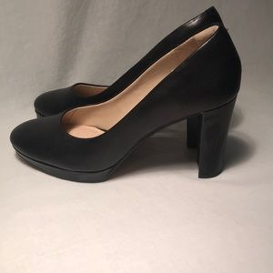 Clarks Black Leather Heels Womens 7